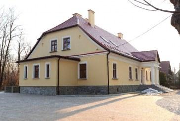 Zakończył się remont konserwatorsko-adaptacyjny budynku Starej Plebanii w Jeleśni.